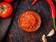 Рецепта Мексикански сос Салса моча с домати, чесън и люта чушка